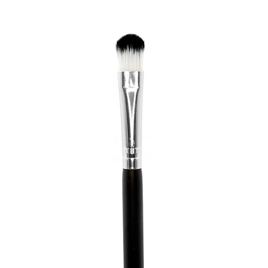 Crown Brush C224 Oval Concealer